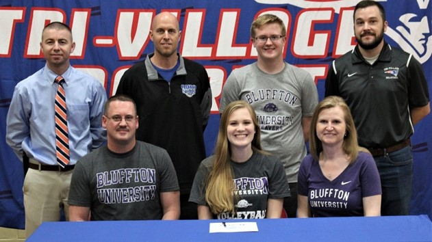 Alana Holsapple Signs with Bluffton